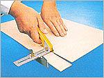 Нож с регулируемой направляющей